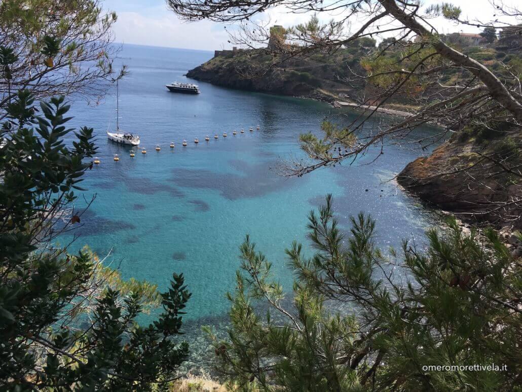 week end in barca a vela toscana capraia